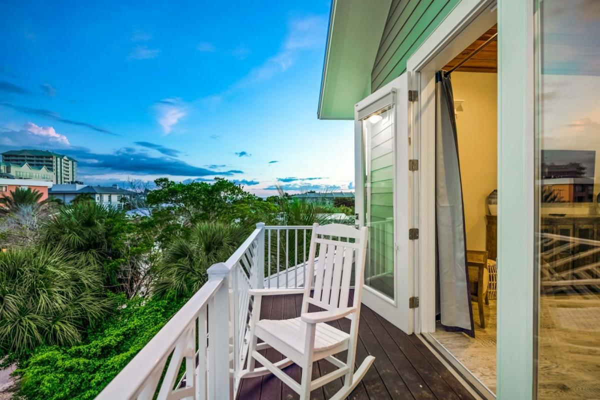gorgeous view of lido key florida