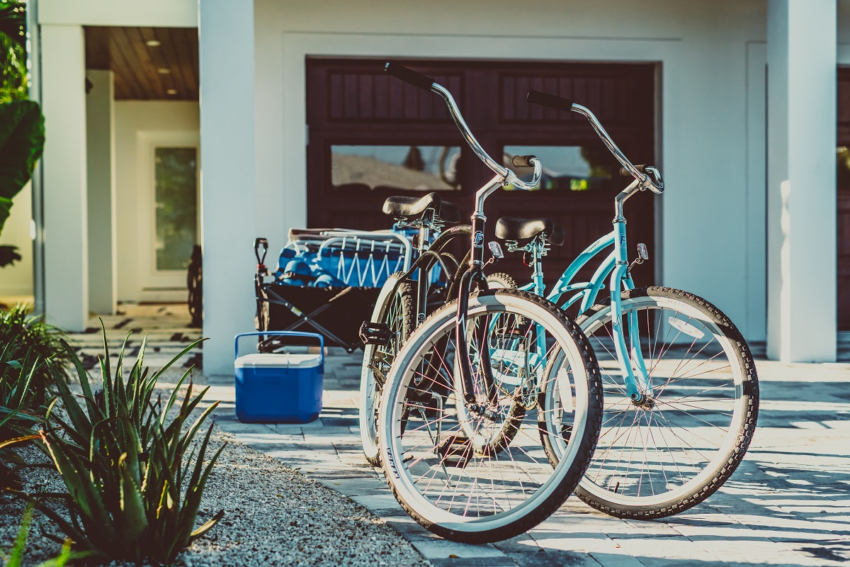 bike rentals outside a lido key rental